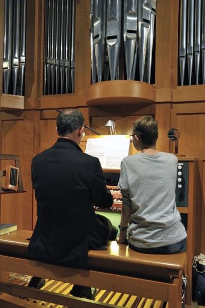 DSC6671_1_Orgelspiel