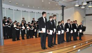 Foto der Solisten des Sweschnikow Chores