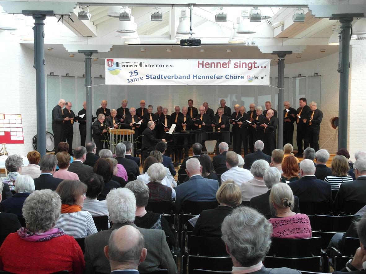 Chor singt beim Festakt