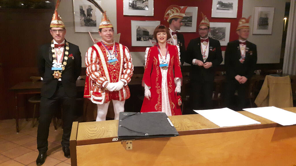 Prinzenpaar mit Adjutanten